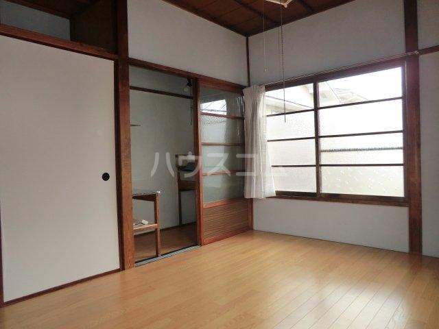 今井荘 3号室のリビング