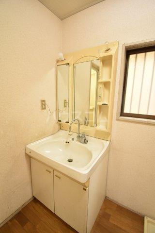 下赤坂戸建ての洗面所