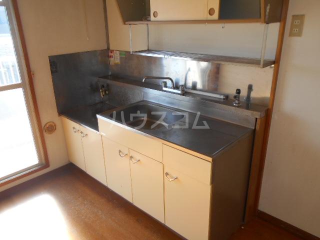 ホワイトハイツ 403号室のキッチン