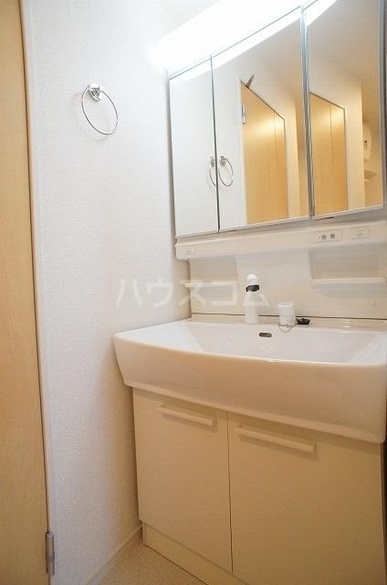 ウィル リヴィエル Ⅰ 01010号室のトイレ