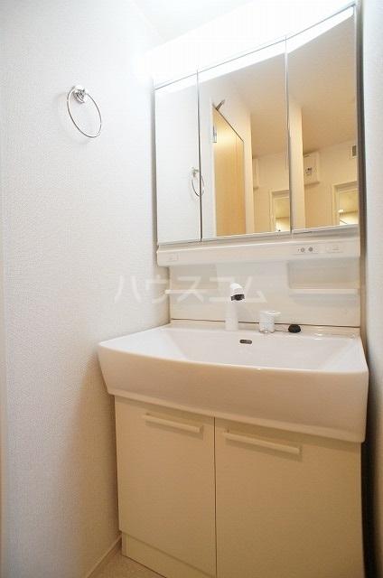 ウィル リヴィエル Ⅰ 02010号室のトイレ