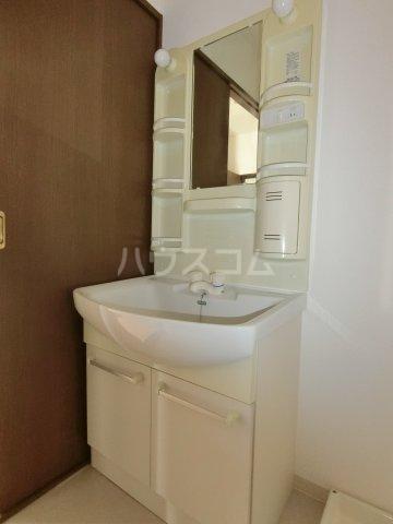 EMESTⅡ 205号室の洗面所