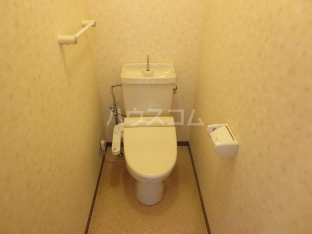 トラスト21B 106号室のトイレ