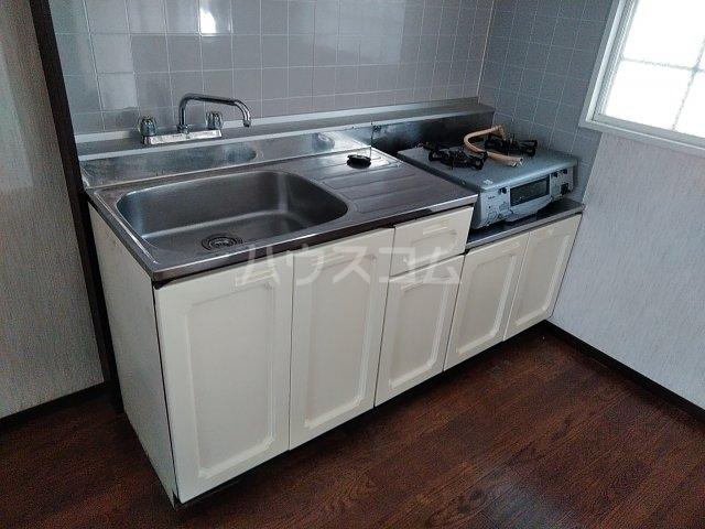 ベルシェ松井 105号室のキッチン