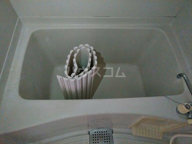 ベルシェ松井 105号室の風呂