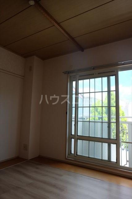 セントラルカペラ 201号室のリビング