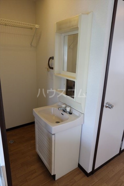 セントラルカペラ 201号室の洗面所