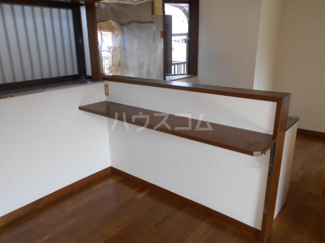 ハイブリッジ栢山 201号室のキッチン