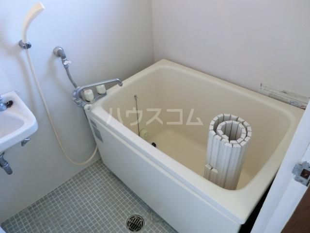 小八幡マンション 5-A号室の風呂
