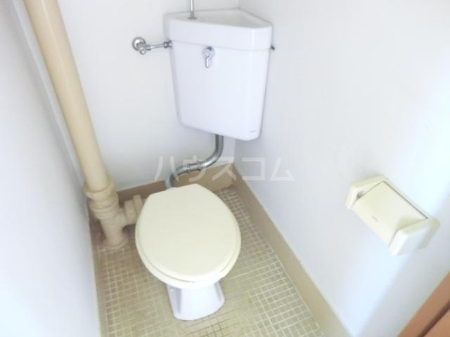 小八幡マンション 5-D号室のトイレ