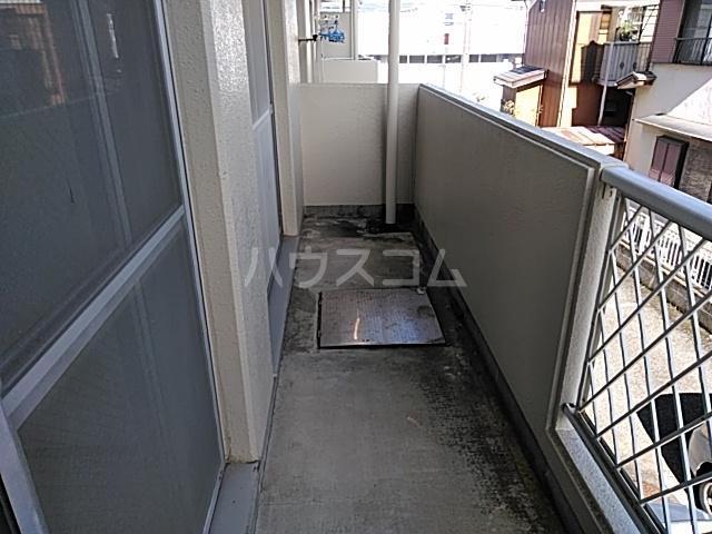 加藤マンション 203号室のバルコニー