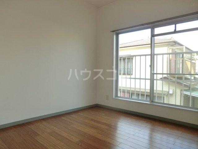加藤マンション 203号室の居室