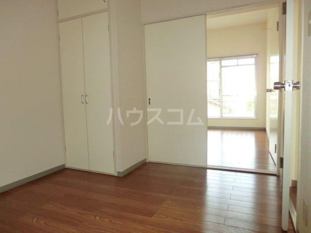 加藤マンション 203号室のベッドルーム
