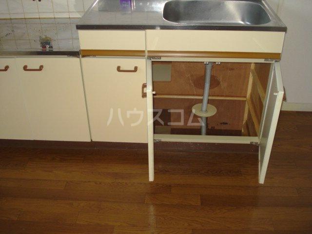 メゾン黒田 00202号室のキッチン
