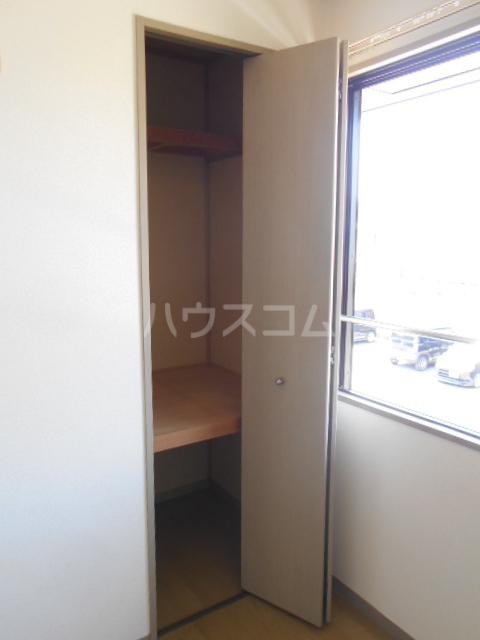 プラムハイツC 202号室の収納
