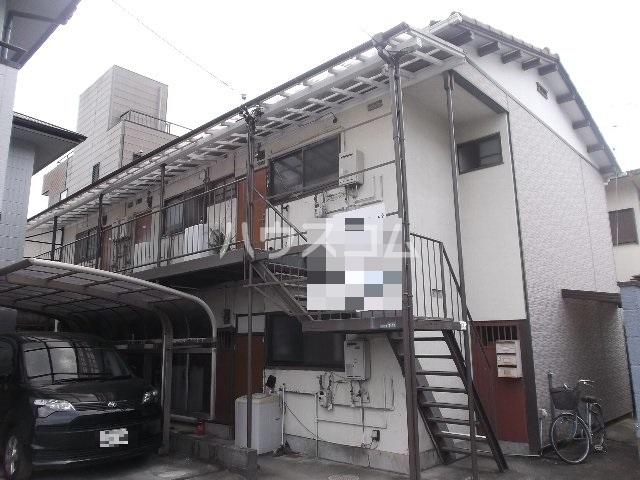 中村アパート 205号室のエントランス