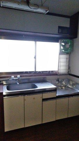 中村アパート 205号室のキッチン