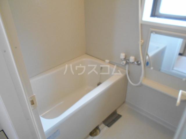 ベルヴェデーレⅡ 305号室の風呂