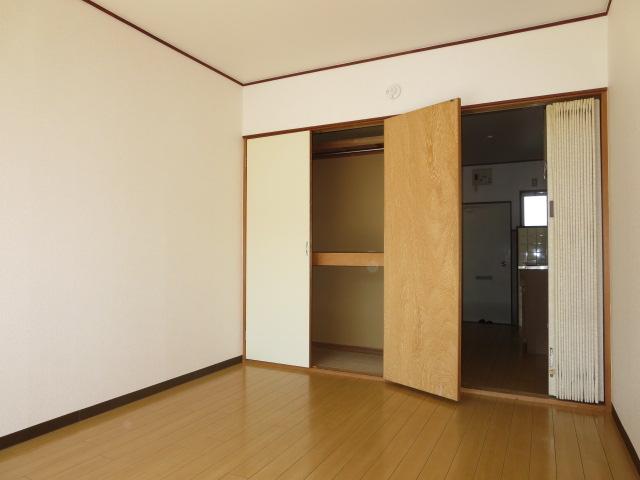 ハイネス鹿島 105号室のベッドルーム