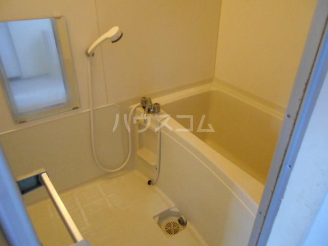 メゾンドール加藤 205号室の風呂
