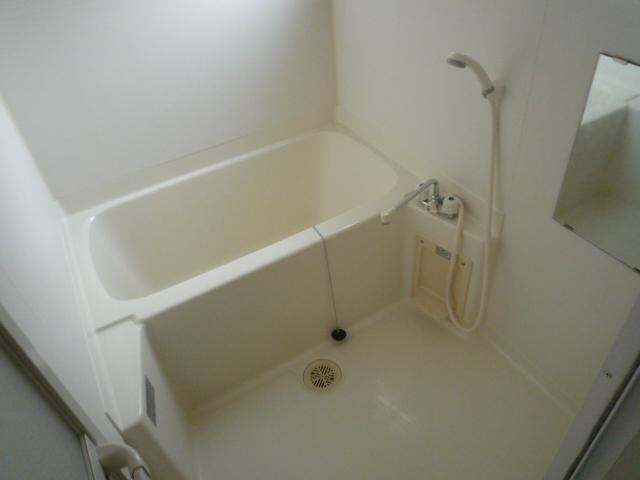 Station View 加納 401号室の風呂