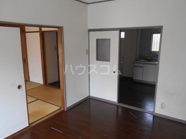 コーポ江藤 102号室の居室