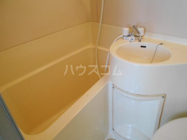 清水ハイツ 211号室の風呂