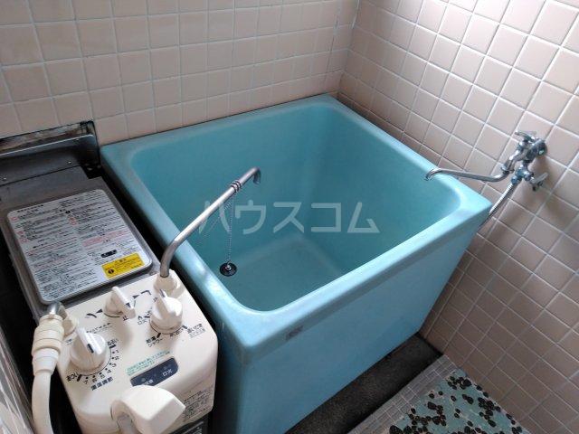 平和ビル 401号室の風呂
