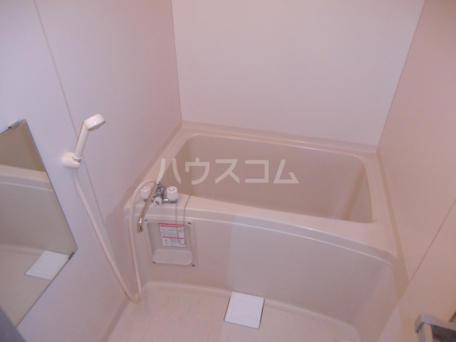 サングリーンメゾン 4B号室の風呂
