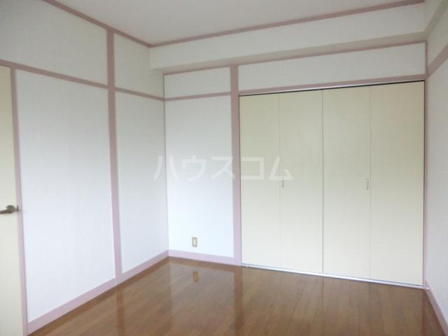 第1武笠ビル 301号室のベッドルーム