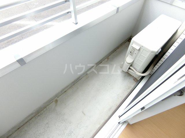 メゾン・アンジュ 112号室のバルコニー