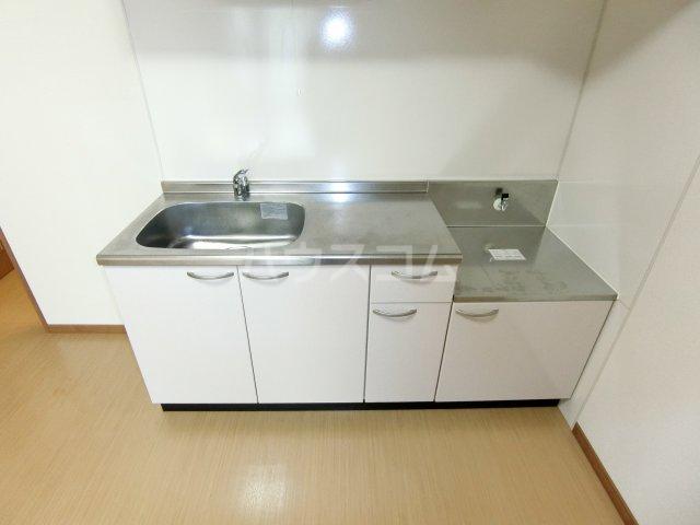 メゾン・アンジュ 112号室のキッチン