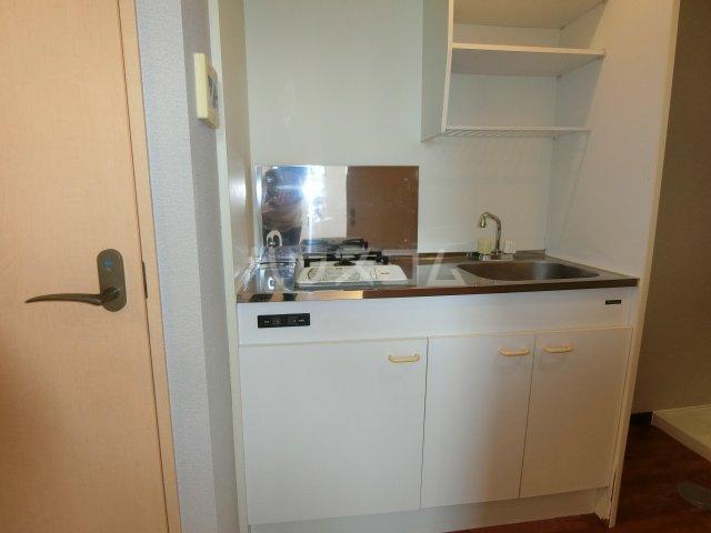 ケンジントン 109号室のキッチン