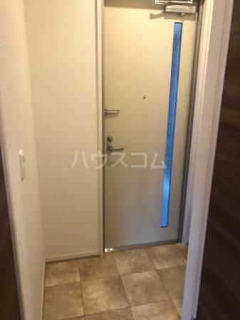 フェリシティ白山 101号室の玄関