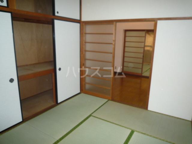 浅野第三ビル 105号室の居室