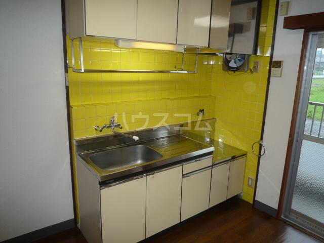 浅野第三ビル 105号室のキッチン