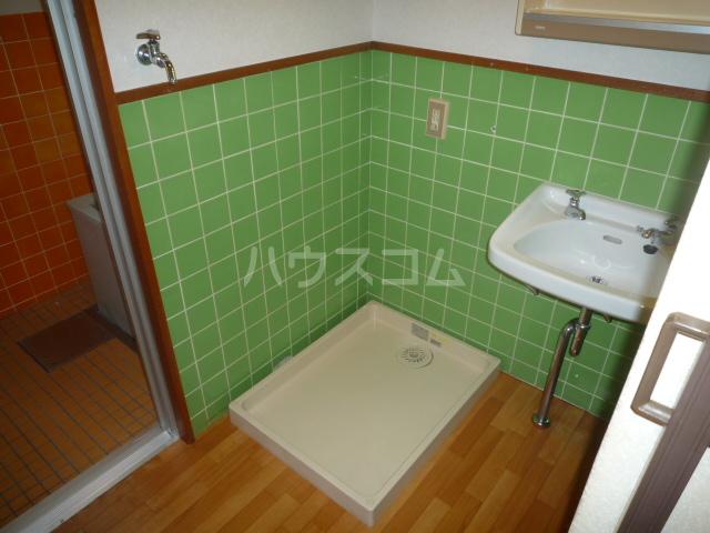 浅野第三ビル 105号室の洗面所