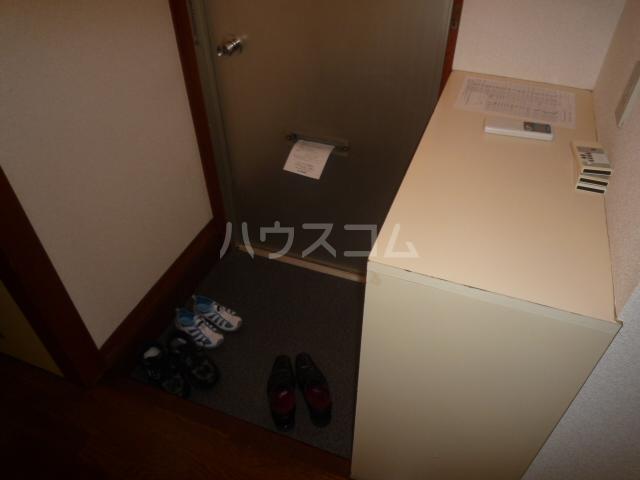 浅野第三ビル 105号室の玄関