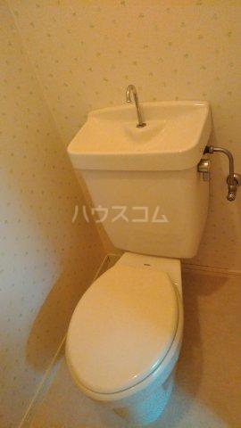 ブルーハイツ森C棟 103号室のトイレ