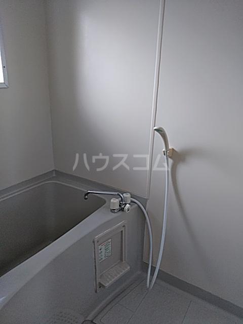 コーポラスエルピス 302号室の風呂