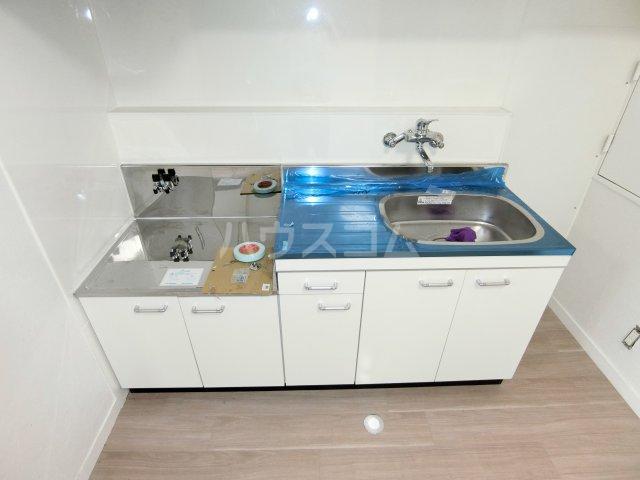 インフィール茜部 3B号室のキッチン