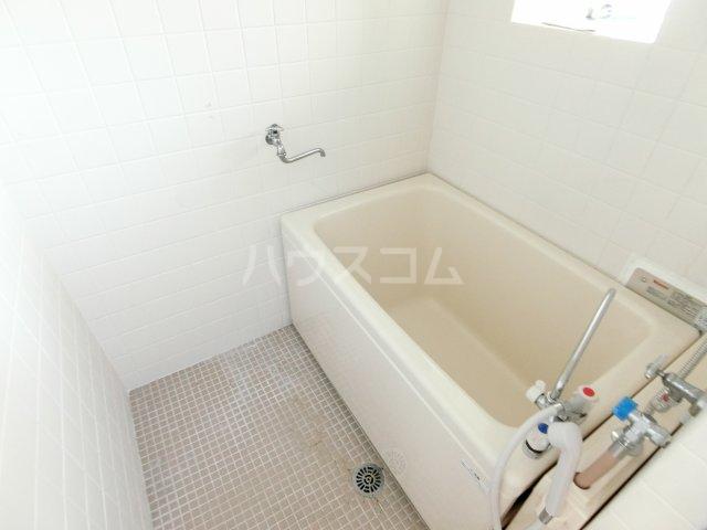 インフィール茜部 3B号室の風呂