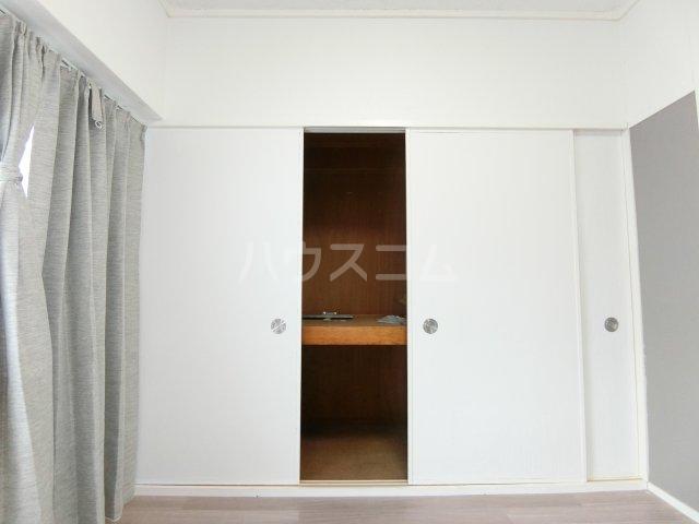 インフィール茜部 3B号室の収納
