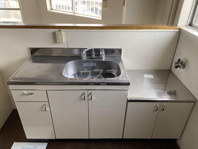 南浦和クイーンコーポB棟 301号室のキッチン