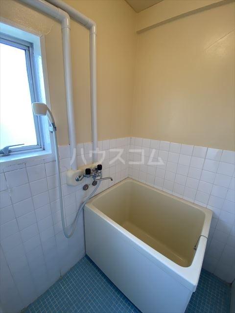 南浦和クイーンコーポB棟 301号室の風呂