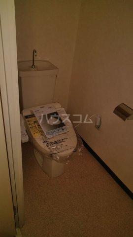 パラシオンANDO 705号室のトイレ