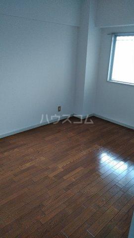プレーンフィールド岐南 403号室の居室