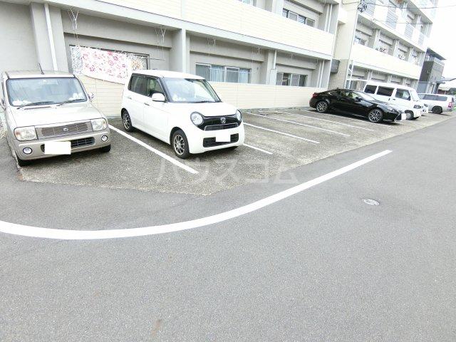 第1岐南ビル 1E号室の駐車場