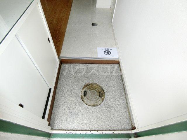 第1岐南ビル 1E号室の玄関