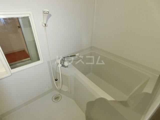 ラ プランタンB 202号室の風呂
